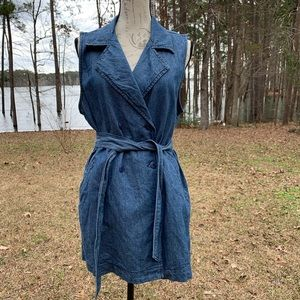 Sanctuary Chambray Walker Belted Vest Size Large